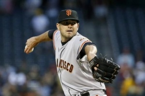 Chris Heston pitches his 1st major league win