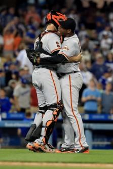 buster casilla 04.16 San+Francisco+Giants+v+Los+Angeles+Dodgers+erD6oflP3lgl