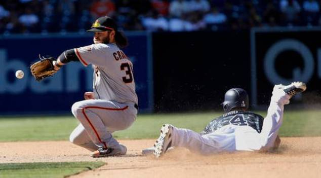 09-25-421giants-padres-baseball